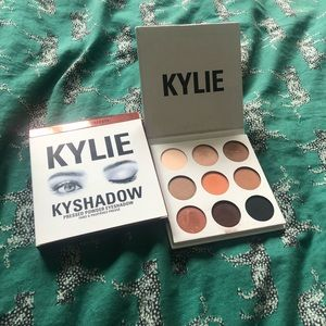 Kylie Cosmetics Bronze Eyeshadow